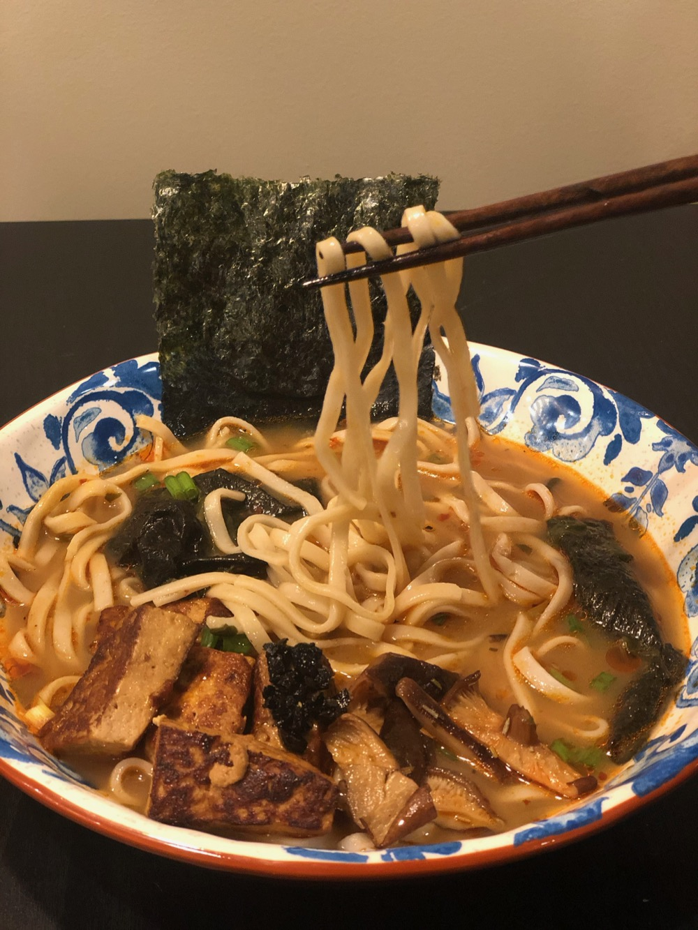 Look at those udon noodles!