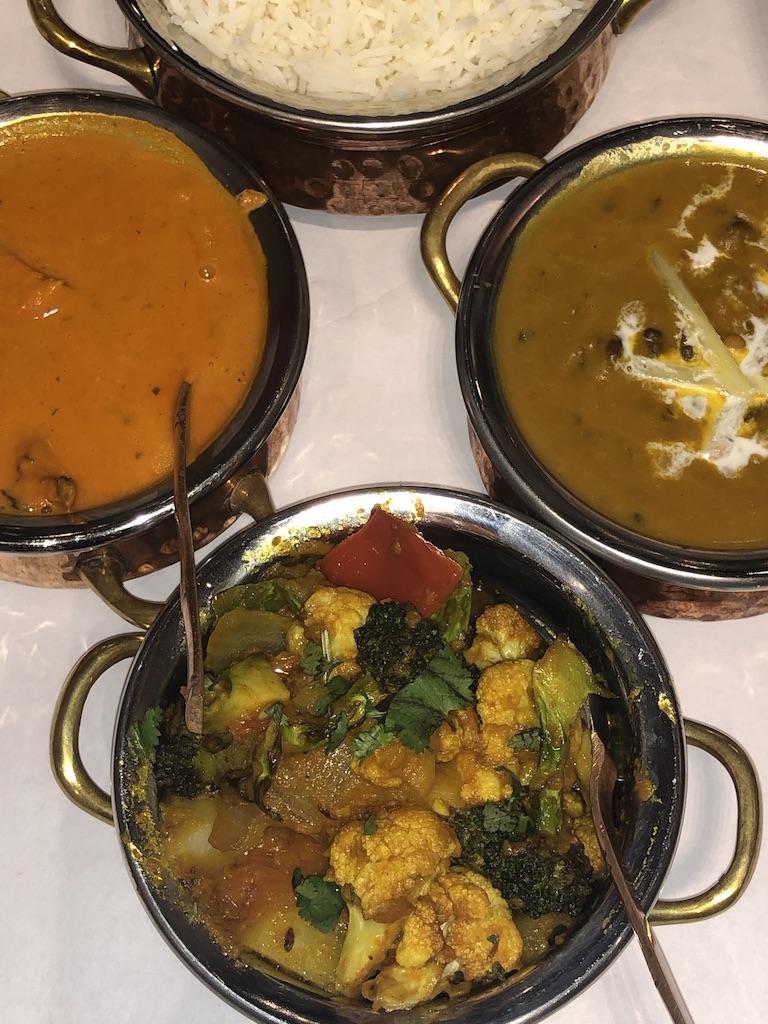 Namaste dinner: Vegetable Jalfrezi and Dal Makhani