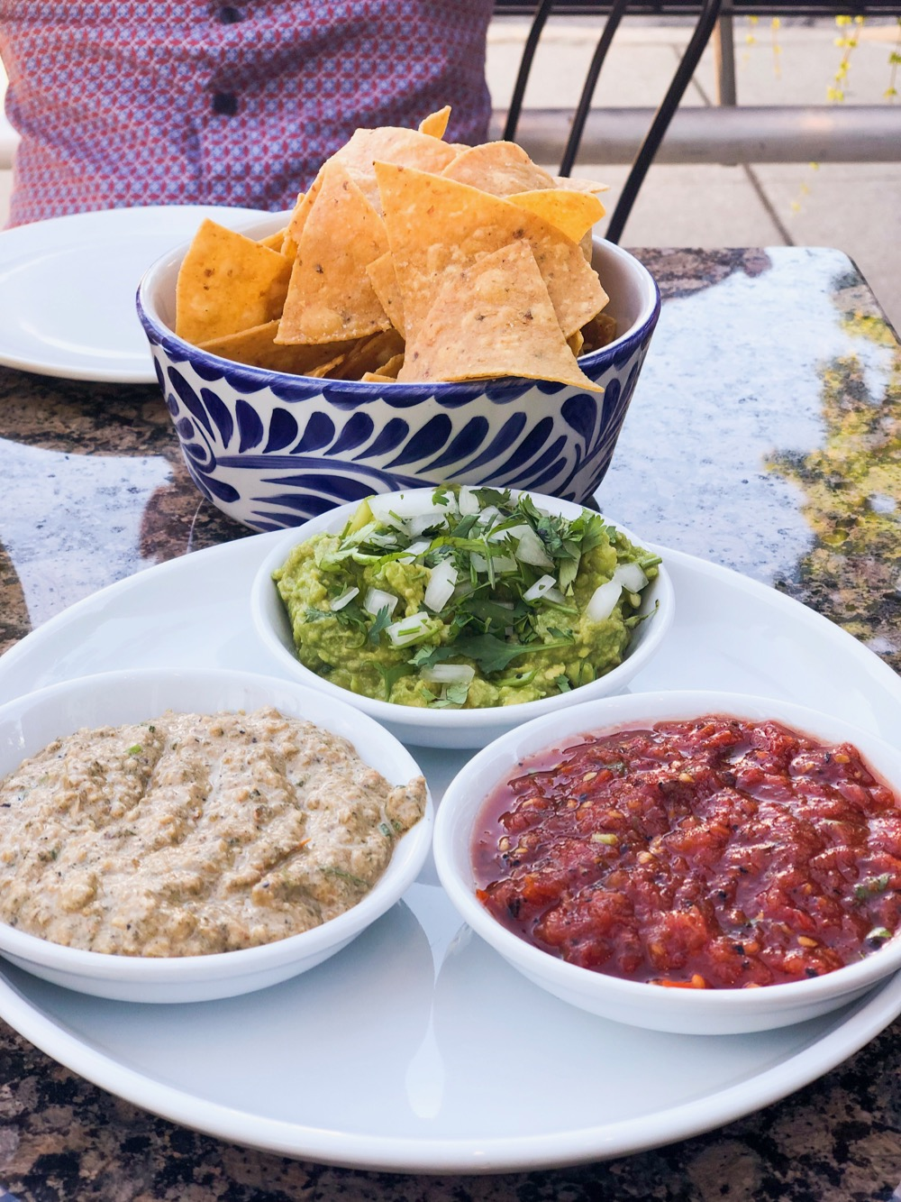 Dos Urban Cantina's amazing chips and dips